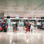 在越南機場的快速領取落地簽證服務和接送酒店的服務